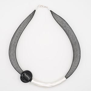 collar barroque negro plateado de arriba